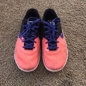 Women's size 7 Nike metcons!